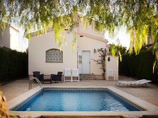 4 bedroom Villa in Lleida, Catalonia, Spain - 5643998