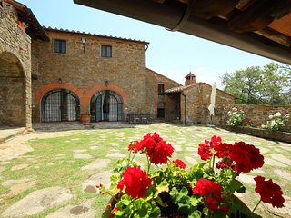 7 bedroom Villa in Monte San Savino, Tuscany, Italy : ref 5055635