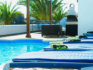 Villa Iseo - Stupenda e mozzafiato con piscina e 3 camere da letto