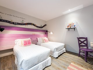 7 Room Boutique B&B - Great for Groups