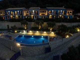 Villas Amantea 4 vista panoramica sul porto di Sivota