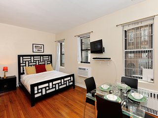Beautiful Studio ay Sullivan Street Near NYU (8930)