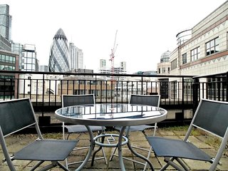 Apartment in London with Internet, Lift, Washing machine (740595)