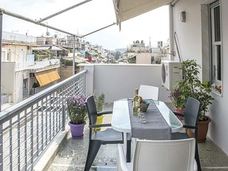 Apartment in Athens with Internet, Air conditioning, Lift, Parking (905970)