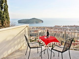 Bedroom in the center of Dubrovnik with Internet, Air conditioning, Balcony (989