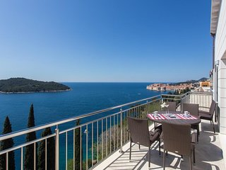 Apartment 415 m from the center of Dubrovnik with Parking, Internet, Air conditi