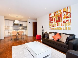 Apartment in London with Internet, Lift, Washing machine (740654)
