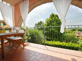 Enjoy Lake Garda in a modern private apartment.