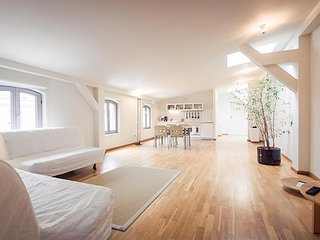 Apartment 461 m from the center of Berlin with Internet (380958)