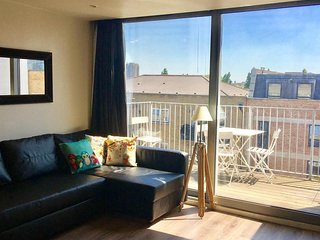 Apartment in London with Internet, Lift, Terrace, Washing machine (678115)