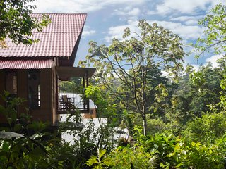 BEAUTIFUL HOUSE IN THE MIDDLE OF CLOUD FOREST