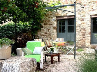 Bed and Breakfast in La Capelle-et-Masmolene, at Pascale's place