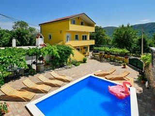 3 bedroom Villa in Drivenik, Primorsko-Goranska Županija, Croatia : ref 5644022