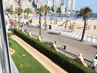 Lovely Beachfront Apartment Levante Beach SkyLine Benidorm