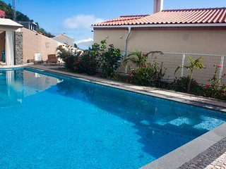 Villa do Pombal, swimming pool, great sea views