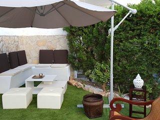 Apto. 2 hab conterraza y jardin privados,piscina y playa