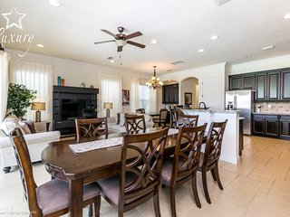 Stunning 5BR/5Ensuites Reunion Resort home with Private Pool and Gameroom
