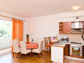 Spacious apartment in Dubrovnik with Parking, Washing machine, Air conditioning,
