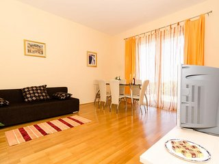 Apartment in the center of Dubrovnik with Internet, Air conditioning, Parking, T