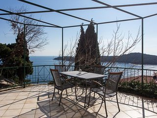 Apartment 704 m from the center of Dubrovnik with Internet, Air conditioning, Te