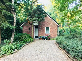 Lovely detached Holliday home situated in the forests of Gelderland (privacy)