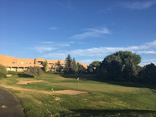 Golf, Run, Swim, Tennis, Spa and More! Luxurious Resort Minutes From The Plaza!