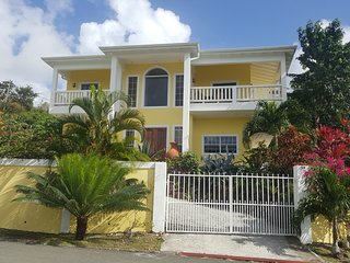 Beautiful Hibiscus 1 Bed Room