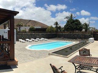 Villa Cernicalo, Sun, relax & nature! Free WiFi, BBQ