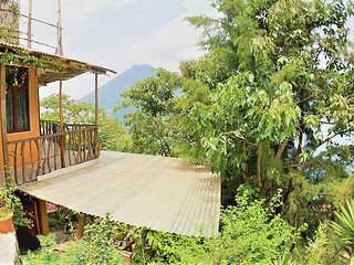 Humble Lake Shack - SoloU - Baraka Atitlan