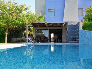 Deluxe 3BD Pool Villa in Chrousso beach Paliouri