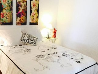 Great 3bed with balcony close to Sagrada Familia