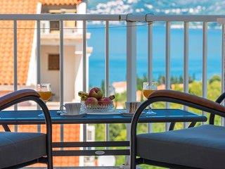 Sea view apartment Cavtat 2+2