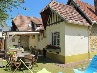 3 bedroom Villa in Le Hôme-sur-Mer, Normandy, France : ref 5579014