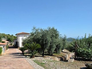 3 bedroom Villa in Sperlonga, Latium, Italy : ref 5083052