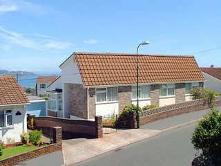 Primley Park - Modern semi-Detached Bungalow with Sea Views