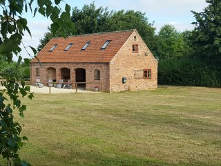 Hilltop Barn, the Place with Space in a field of its own. Privacy for the family