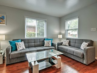 NEW! Alexandria Townhome - 9 Miles to Downtown DC!