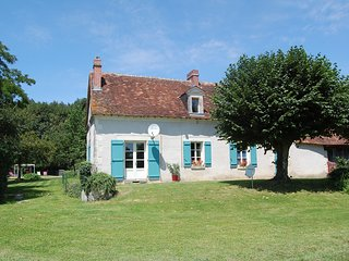La Maison de Maitre. Loire Gite, with private heated pool. Loire Valley. France.