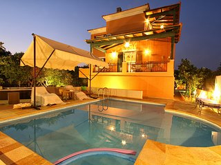 Exclusive Villa Kambos Chios with Pool & Jacuzzi