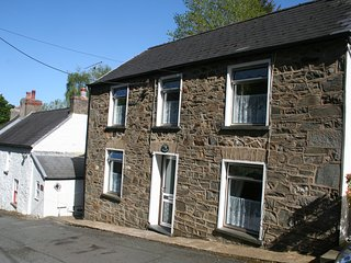 Fishguard propertys Thorn  cottage
