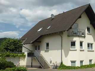 Komfortable Ferienwohnung im Dachgeschoss in Punderich an der Mosel