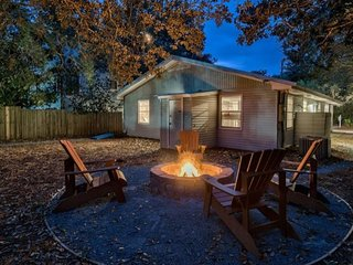 Good Thymes:New Summer Rates! fire pit, in seagrove close to the beach!