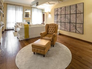 Apartment 433 m from the center of Milan with Internet, Air conditioning, Lift,