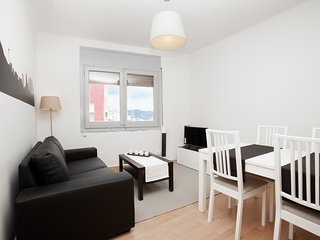 Spacious apartment in Barcelona with Internet, Washing machine, Terrace
