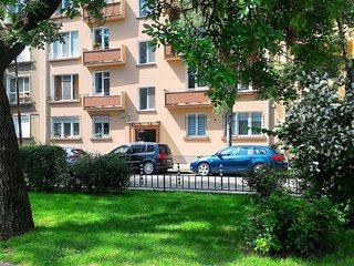 Cosy studio very close to the centre of Sofia with Internet, Washing machine, Te