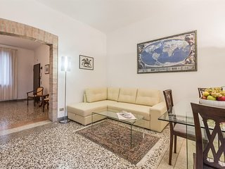 Apartment 523 m from the center of Venice with Internet, Terrace, Washing machin
