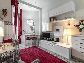 Cozy apartment in Milan with Lift, Internet, Washing machine, Air conditioning