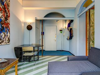 Apartment in the center of Milan with Internet, Air conditioning, Lift, Washing