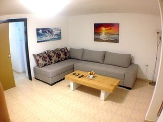 Apartment in Tel Aviv-Yafo with Internet, Air conditioning, Washing machine (397