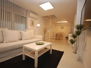 Apartment 1.4 km from the center of Seville with Internet, Air conditioning, Was